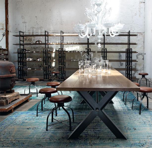 table repas roche bobois